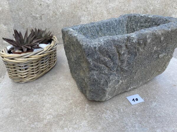 kamenné koryto